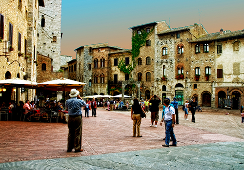 transfer-and-tours-cortona-San-Gimignano-plaza
