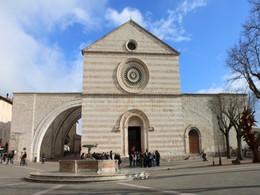 Transfer-And-Tours-Cortona-Tourist-Guide-Assisi-Basilica-di-Santa-Chiara-640-e1517399291262