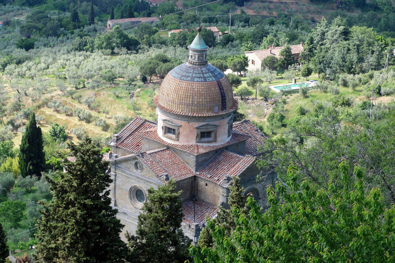 Transfer-And-Tours-Cortona-Tourist-Guide-Cortona-Small-Church-e1456489421770