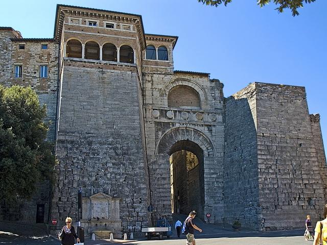 Perugia-Arco-Etrusco