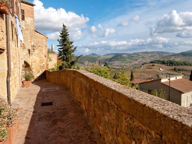 Pienza-Walls