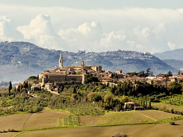 Tourist guide of Pienza