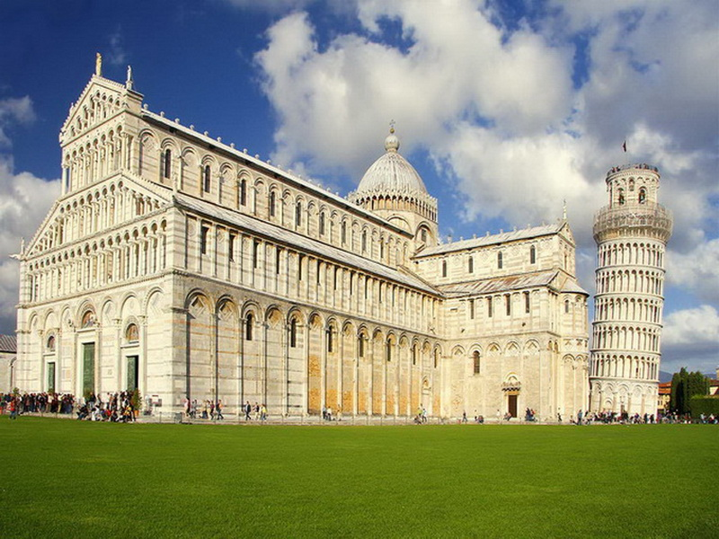 Pisa-Square-of-Miracles