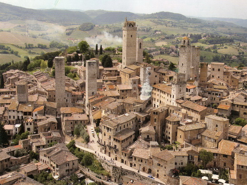Tourist guide of San Gimignano