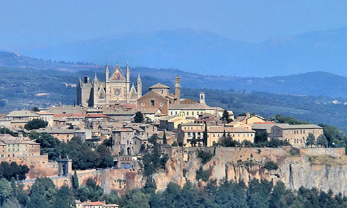 Tourist guide of Orvieto